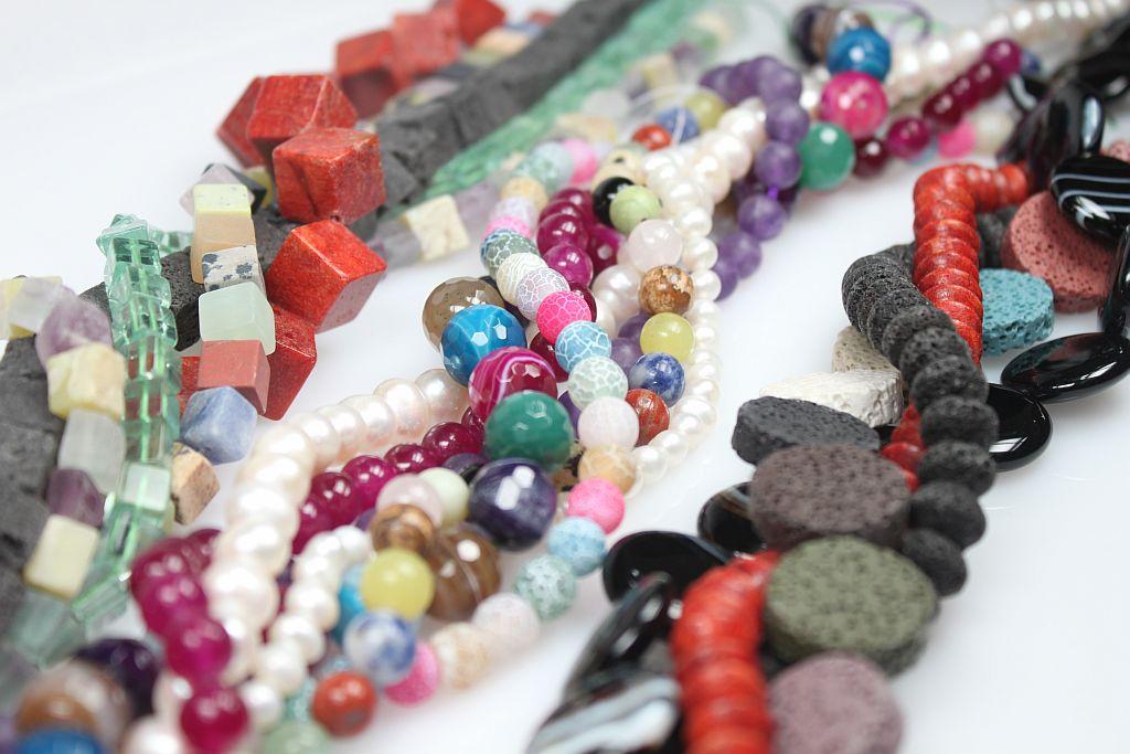 Steine & Perlen